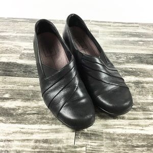 Clark's Everyday Shoes Size 7.5 M Black Women's